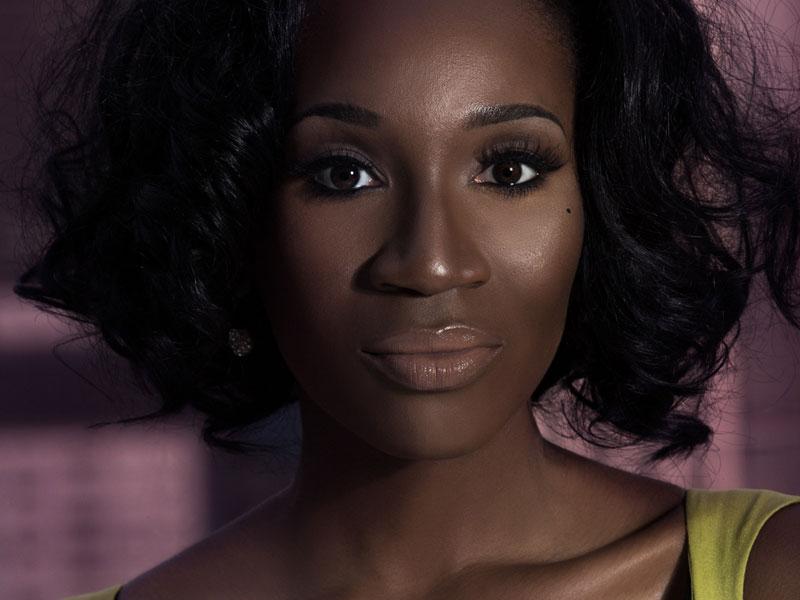 Eunice-Omole-Multicultural-Media-Entrepreneur-Joins-Africa-To-The-Global-Economy-Ebony-Life-TV-Hueish-Creative-Startups-Multicultural-Media-Mogul-Eunice-Omole-2